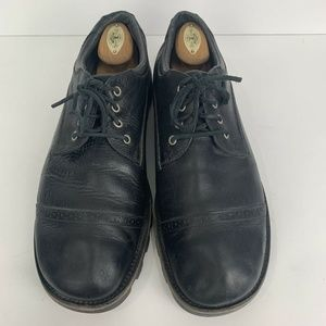 UGG Shoes - UGG Leather Cap Toe Black Lace Up Oxford Shoes